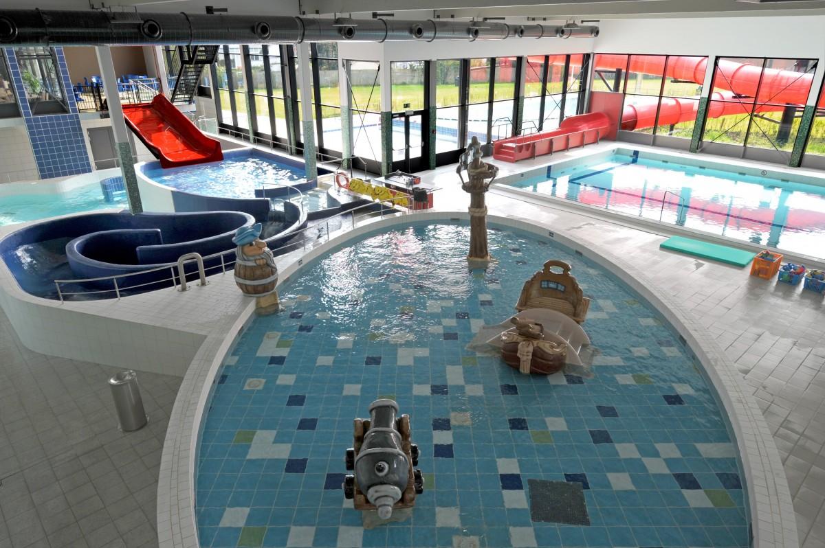 Piscine communale geel artabel for Construction piscine 25m